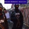 (Video) Descinderi în Craiova, în casele unor traficanți de...