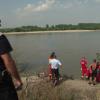 Patru copii s-au înecat, azi, în Jiu